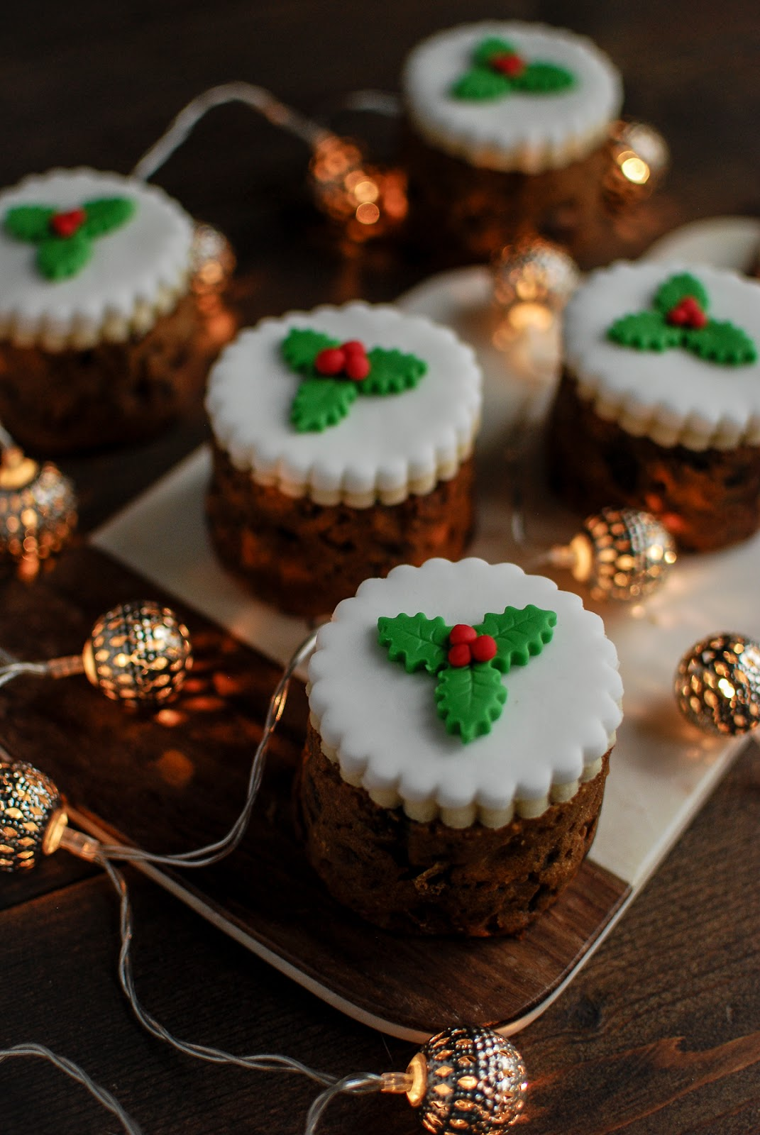 Christmas Cake.Fig And Pistachio Baked Bean Tin Christmas Cakes