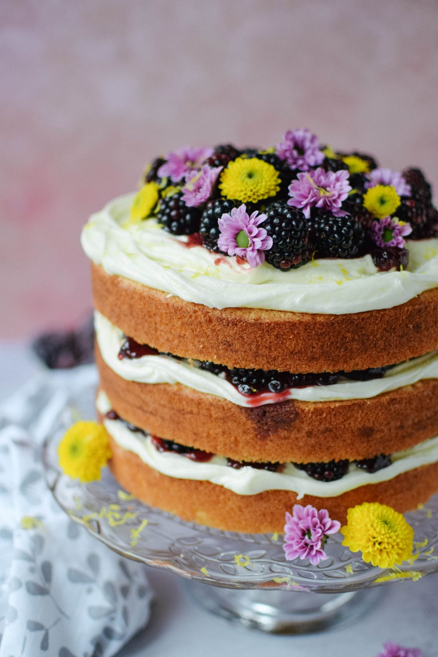 blackberry and lemon cake