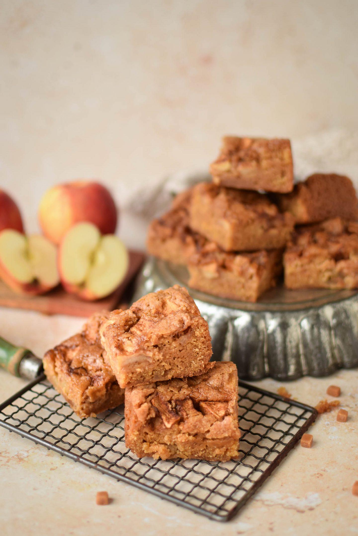 Vegan Apple Pie Blondies